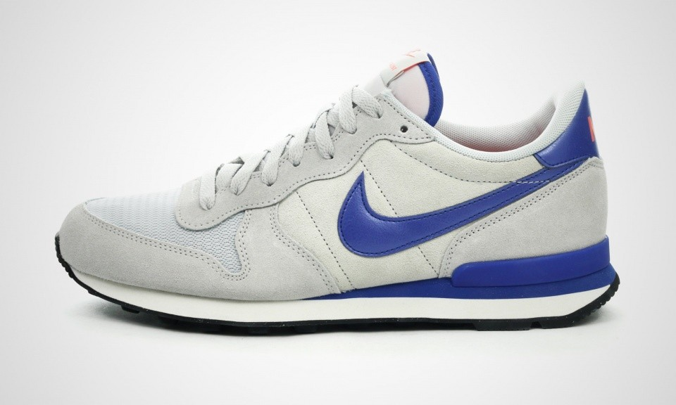 nike internationalist grijs